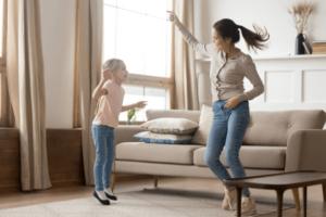 子供と一緒にダンスをしよう!